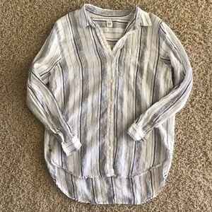 Gap Boyfriend Linen Button Down Shirt